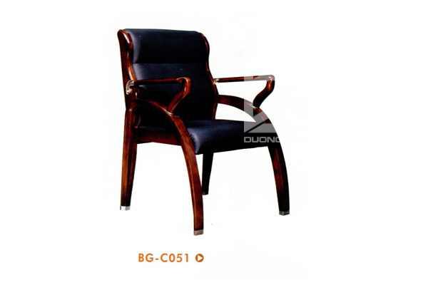 Ghế phòng họp gỗ tự nhiên DG-BGC51 bọc da cao cấp