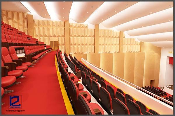 Ghế trong thiết kế phòng khán giả cần được sắp xếp khoa học, đảm bảo lối đi lại thuận tiện