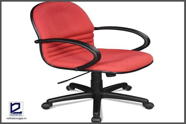 Ghế xoay 360 độ cũng là sản phẩm ghế làm việc thông minh