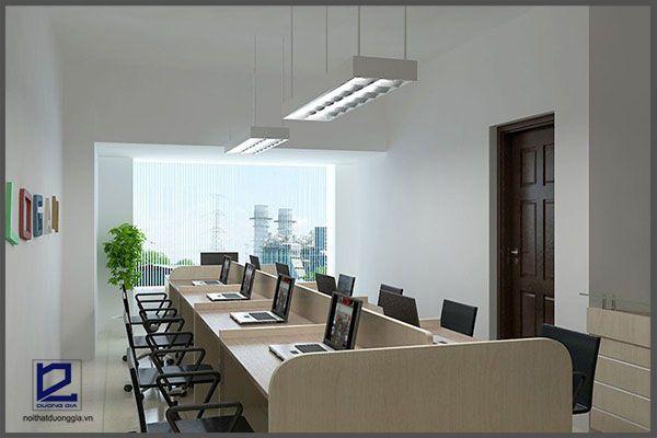 Lựa chọn màu sơn của tường nhà phù hợp là lưu ý quan trọng trong thiết kế nội thất văn phòng nhỏ.