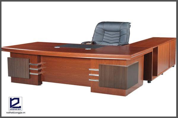 Bàn làm việc văn phòng gỗ công nghiệp sơn PU cao cấpDT1890VM4
