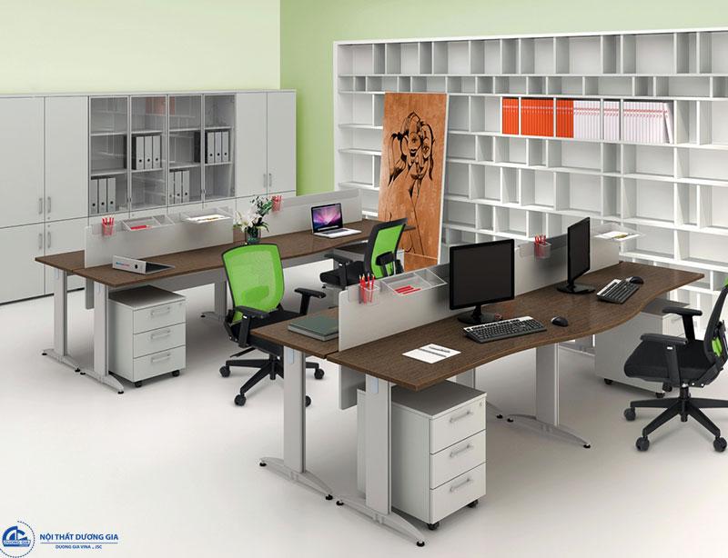 Nội thất văn phòng nhập khẩu có đa dạng kiểu dáng, mẫu mã.