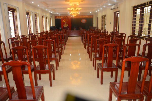 Mua ghế hội trường ghế xoan đẹp tại Nội thất Dương Gia