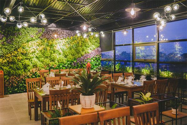 Mẫu thiết kế nội thất nhà hàng theo không giản mở