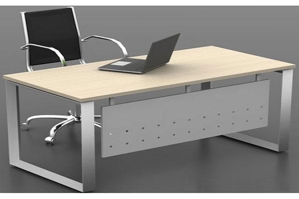 Nội thất Dương Gia Việt Nam cung cấp bàn làm việc bằng sắt của nhiều thương hiệu nội thất nổi tiếng.