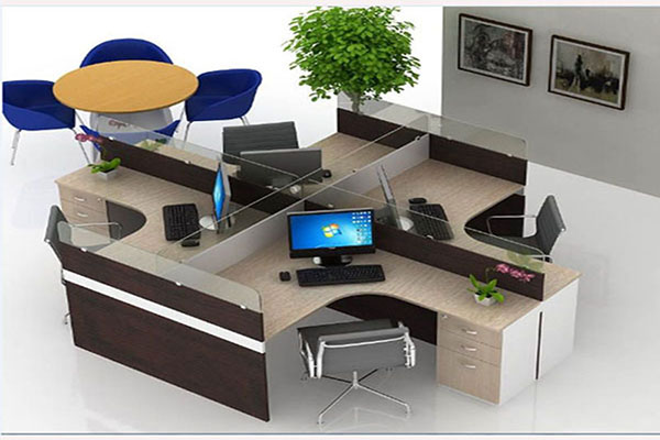 Mẫu bàn làm việc có vách ngăn tạo không gian riêng tư