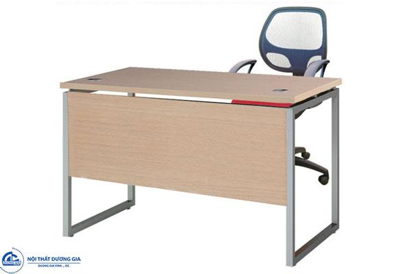 Bàn làm việc văn phòng giá rẻ HR120SC2