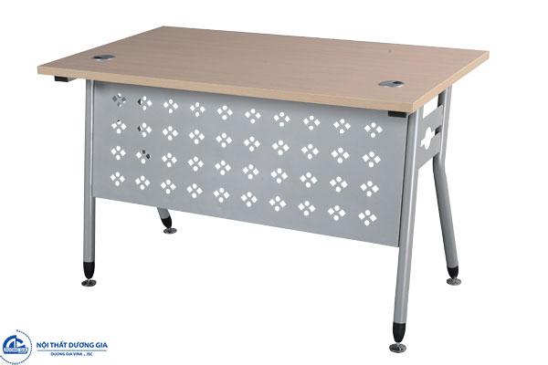 Bàn văn phòng chân sắt dễ dàng lắp đặt - bàn HR140C1Y1