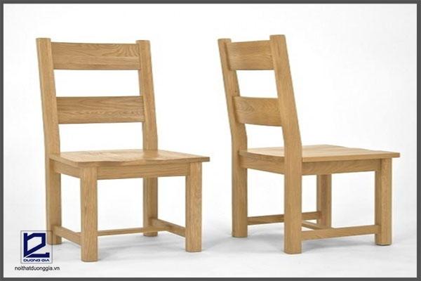 Ghế làm việc bằng gỗ an toàn cho người sử dụng