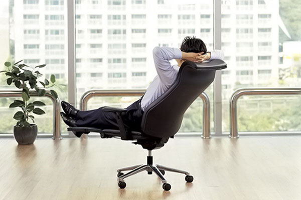 Ghế xoay văn phòng có thiết kế thông minh