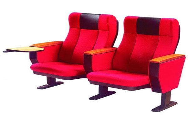 Lựa chọn ghế hội trường phù hợp cần căn cứ vào yếu tố chất liệu.
