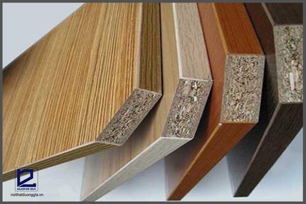 Bàn làm việc gỗ công nghiệp.