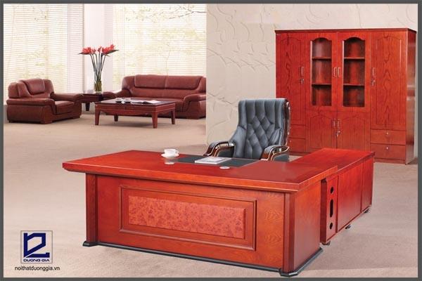 Bàn làm việc bằng gỗ công nghiệp DT1890V1