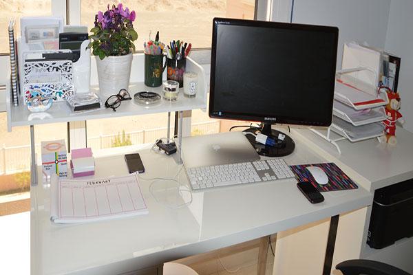 Một số lưu ý khi trang trí bàn làm việc