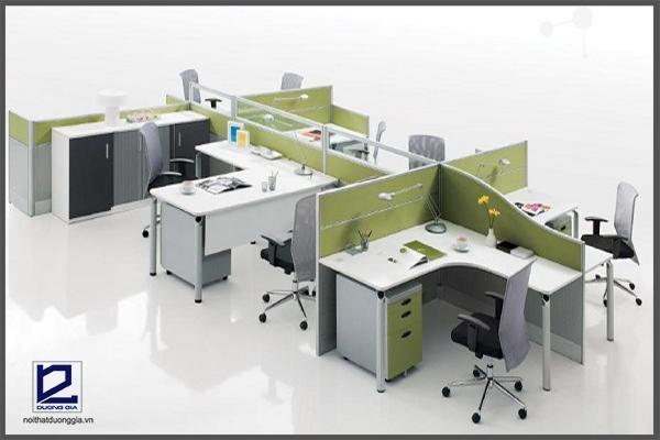 Mẫu bàn làm việc có vách ngăn tăng nét thẩm mỹ và tính chuyên nghiệp