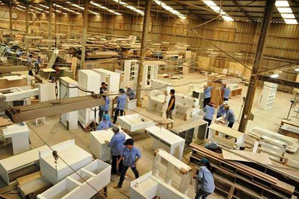 Mẹo tìm kiếm xưởng sản xuất bàn làm việc uy tín, chuyên nghiệp