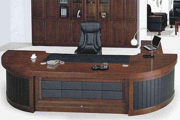 Kích thước bàn làm việc theo phòng thủy chú ý cân đối, hài hòa về chỉ số