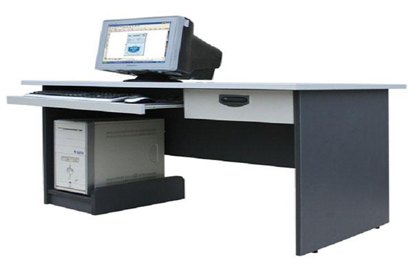Bàn máy tính HP204S kiểu dáng đơn giản, tiện lợi
