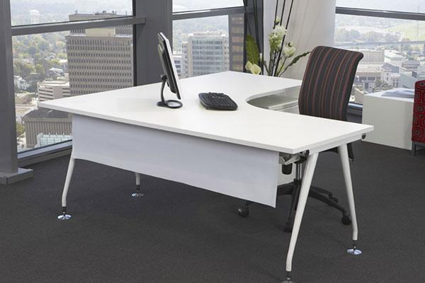 Chọn ngày tốt để chuyển dời bàn làm việc phù hợp với lãnh đạo
