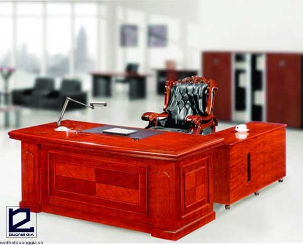 Tìm hiểu kích thước bàn làm việc Hòa Phát