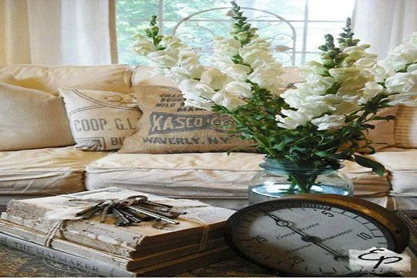Đồ dùng trong phong cách thiết kế nội thất Vintage thường hướng đến sự xưa cũ
