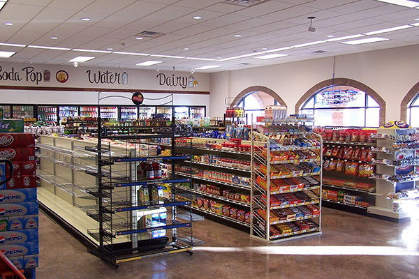 Thiết kế nội thất siêu thị mini - Phân chia khu vực khoa học, hợp lý
