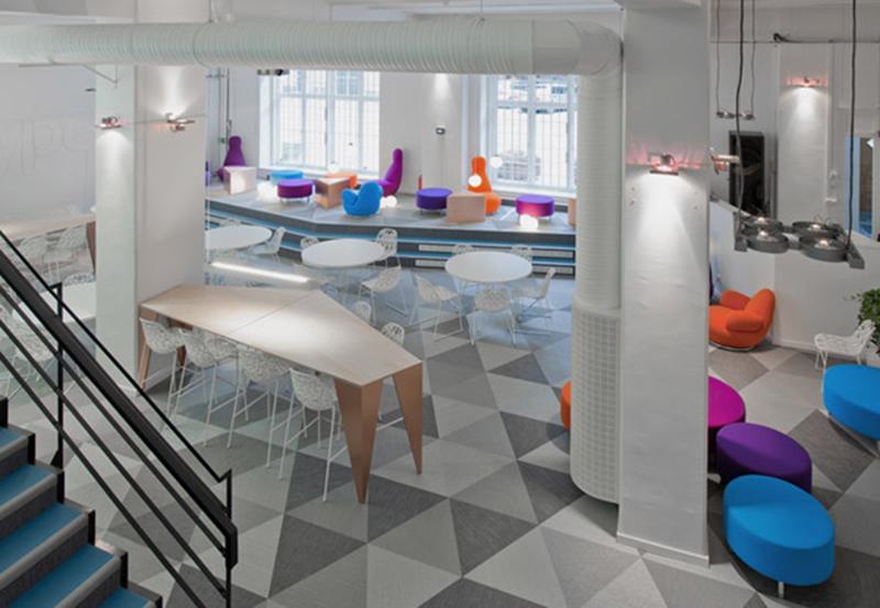 Thiết kế văn phòng tạo không gian đa chức năng