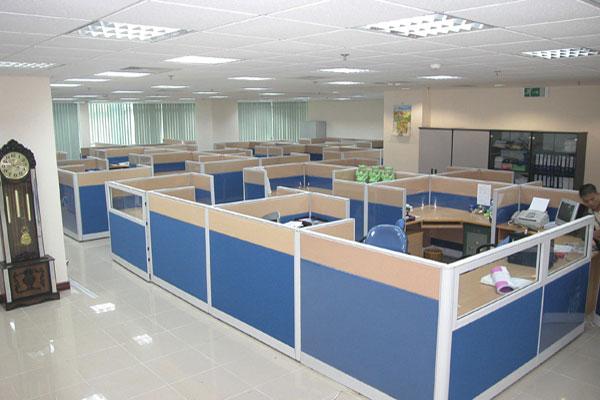 Vách ngăn văn phòng nỉ có độ bền cao