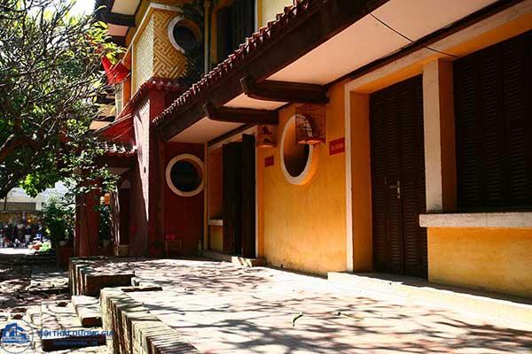 Mái nhà mang đậm phong cách kiến trúc Đông Dương
