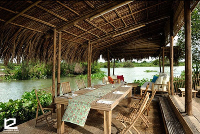 Mẫu thiết kế nhà tre với nội thất tre nứa ở Tây Ninh.
