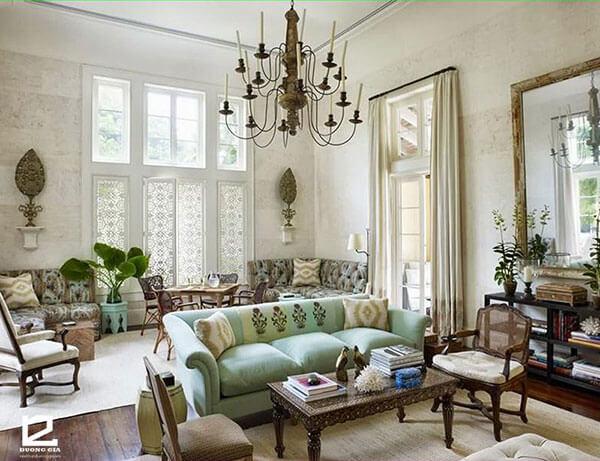 Không cần quá phô trương, khi thiết kế, trang trí nhà theo phong cách Vintage chỉ cần một chiếc đèn trùm hay các món đồ nội thất nhỏ mang kiểu dáng xưa cũ đã có thể tạo nên điểm nhấn ấn tượng.
