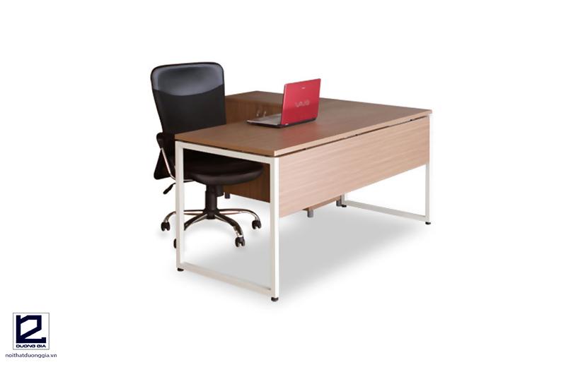 Bàn ghế nội thất hiện đại BCK16B