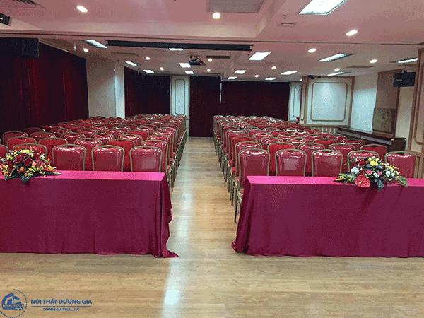 Mẫu khăn trải bàn hội nghị, phòng họp đẹp số 2