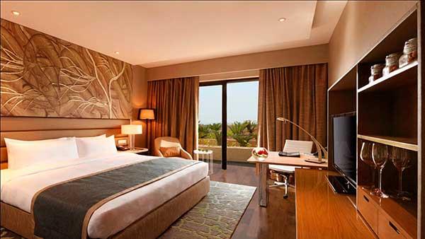 Lựa chọn màu sắc tấm trang trí giường khách sạn