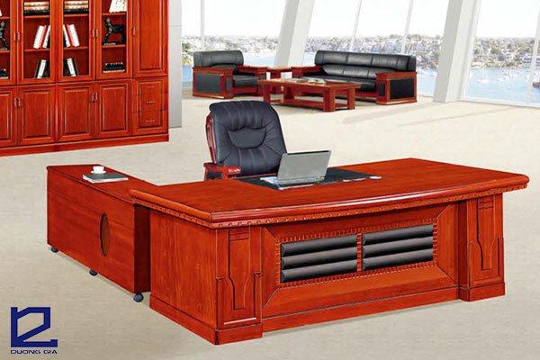 Bàn làm việc văn phòng phải thể hiện được vị thế của công ty