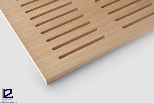 Vách gỗ tiêu âm rãnh dọc có tính ứng dụng cho nhiều loại công trình khác nhau