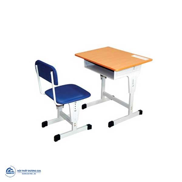 Mẫu bàn học cho bé lớp 1 chống gù lưng BHS03-1