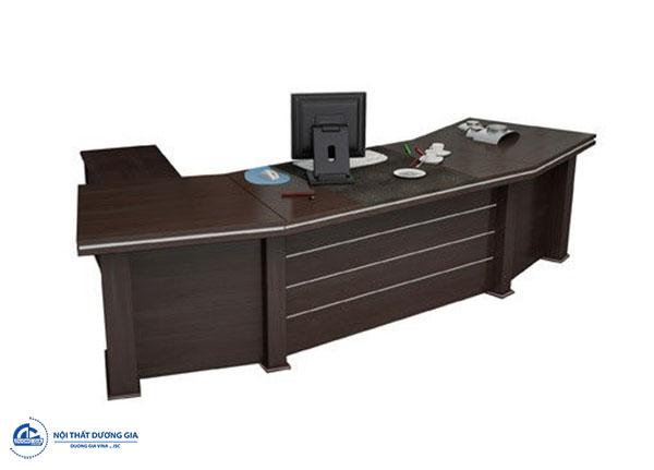 Tư vấn cách chọn và bố trí hướng bàn làm việc tuổi Kỷ Tỵ - bàn BGD3210C