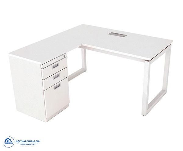 Màu sắc bàn văn phòng cho người tuổi Nhâm Thân - Bàn RH1414L