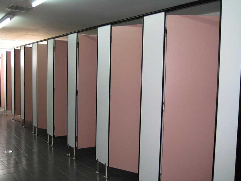 Lựa chọn vách ngăn vệ sinh phù hợp với công trình