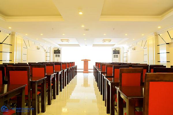 Tiêu chuẩn về trang trí, cách sắp xếp phòng hội nghị