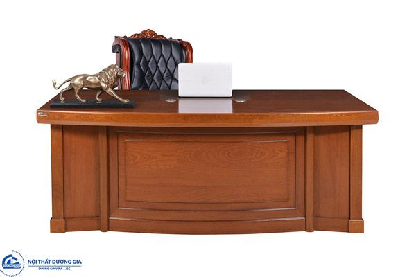 Cách lựa chọn bàn làm việc của Tổng Giám đốc