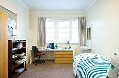Tất tần tật những điều cần lưu ý khi mua đồ nội thất phòng ngủ nhỏ