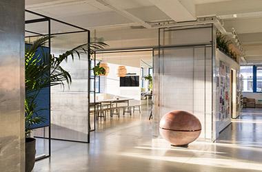 Tư vấn chi tiết cách lựa chọn đồ nội thất văn phòng mở chuẩn nhất